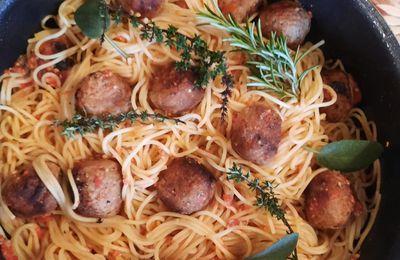 Plat très rapide : spaghettis aux boulettes ou viande hachée