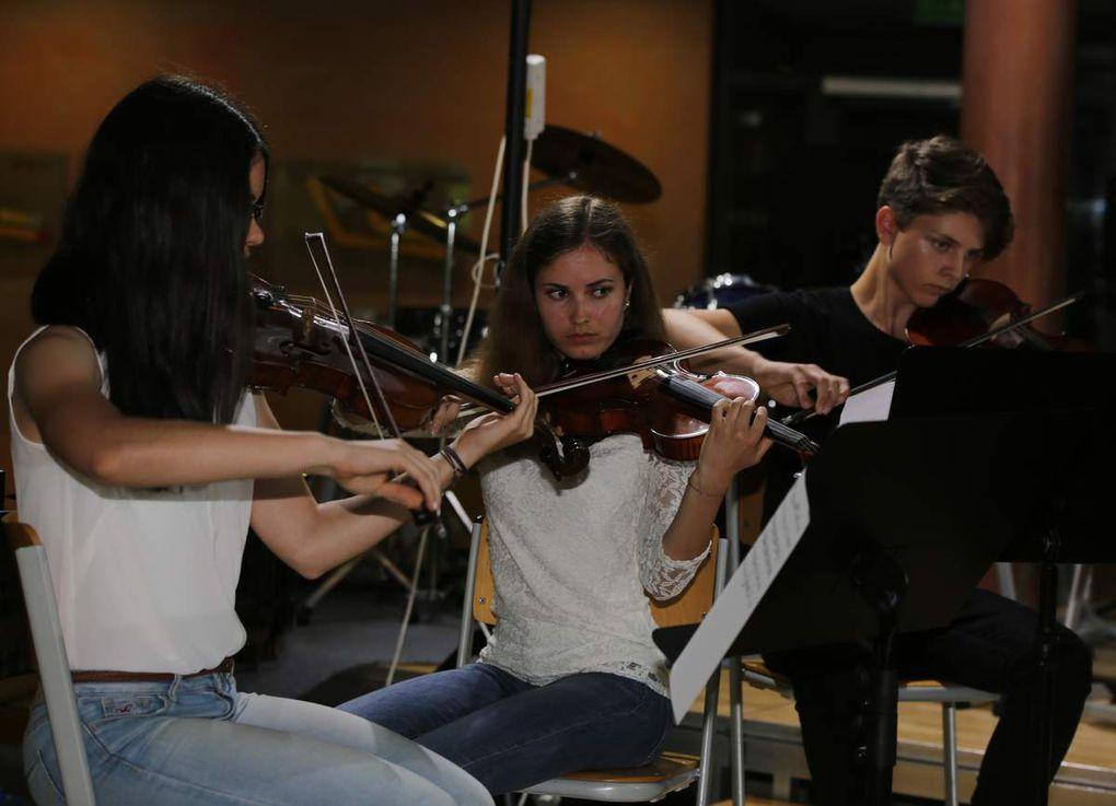 Beeindruckendes Konzert der Bläser und Streicher des Gymnasiums Veitshöchheim