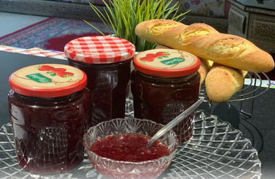 confiture de fraises légère / light strawberries jam مربى الفراولة (الفريز) لايت