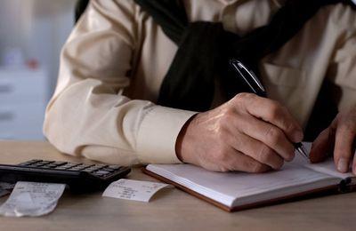 Le départ à la retraite réduit les inégalités ; Étude INSEE février 2020