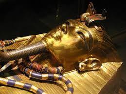 1 & 2 Toutankhamon, 3/Tableau musée du Caire :  L'épouse  royale parfumant Toutankhamon