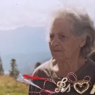 My Ex. Mother NEAGU EUGENIA , with First Name ADOMNITII EUGENIA , Born in 12 October 1932 in Partestii de Jos - Suceava . Son NEAGU MIRCEA 54 Years , Born in 29 April 1963 in Bucharest , with My Addressee : NEAGU MIRCEA - Bulevardul Mihai Bravu Nr.98-106 Bloc D.16 Sc.1 Etaj 6 Ap.23 Sector 2 Of.Postal 39 Cod.-021332 Bucharest