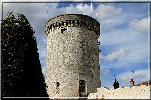 Diaporama château et tour fortifiée de Vernon
