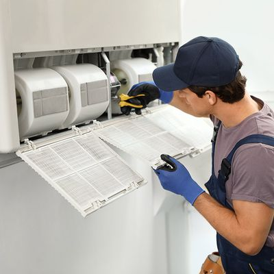 4 Signs That Indicate Your Air Conditioning System Needs Repair