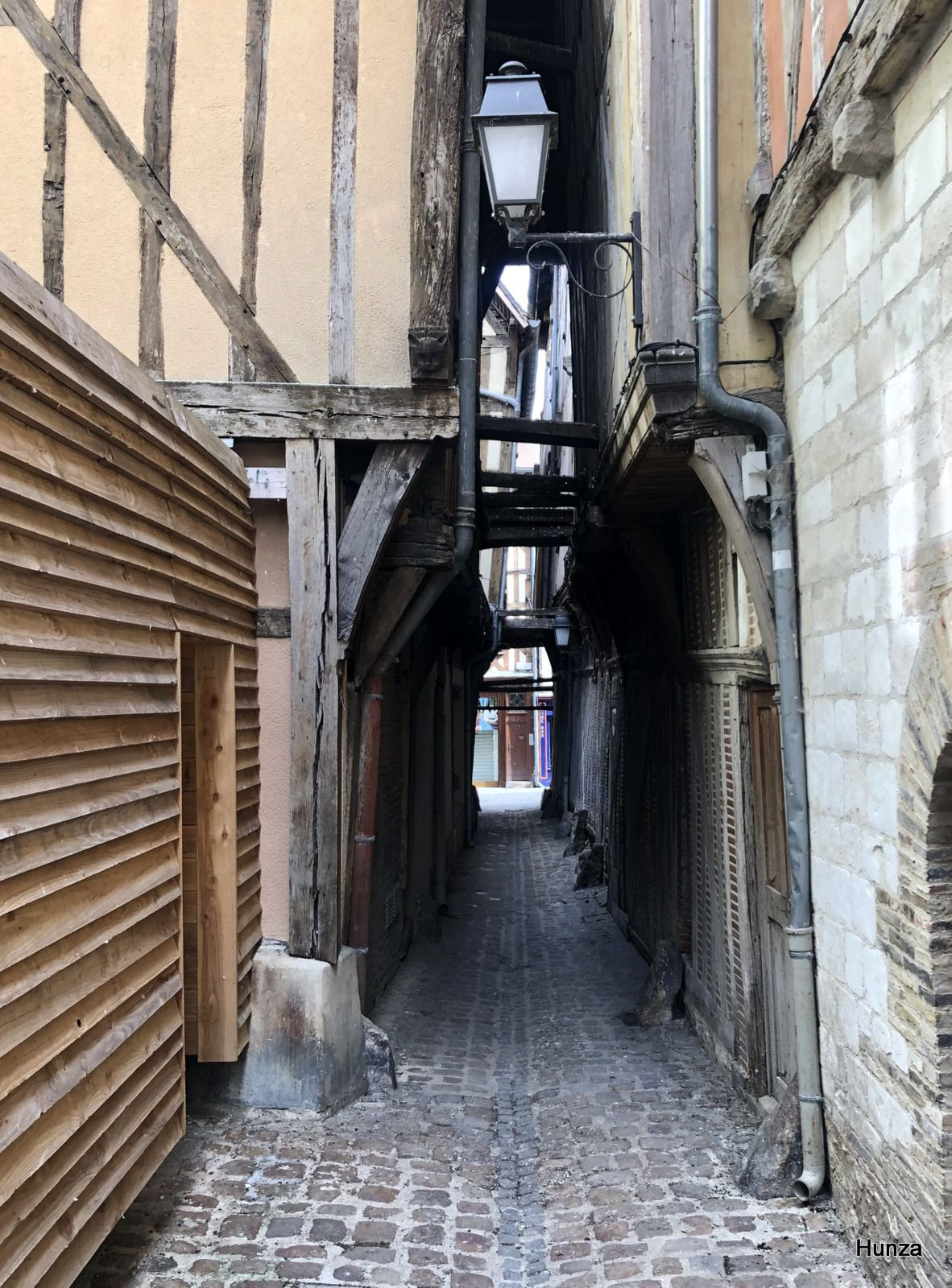 Troyes, ruelle des Chats