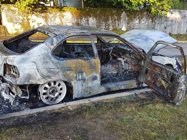 Incendie de véhicules