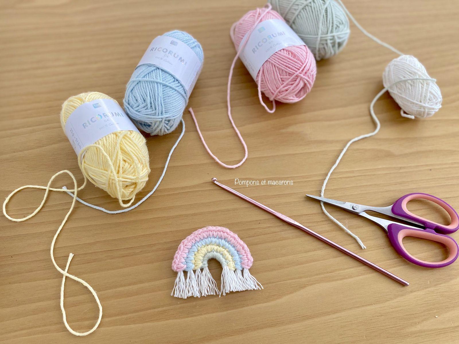 Le petit arc-en-ciel de Caro Tricote