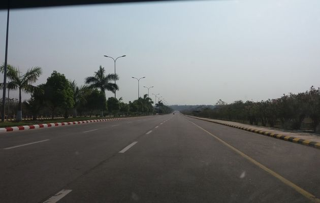 Bago/Naypyidaw - 2 villes, 2 mondes, 2 sons.
