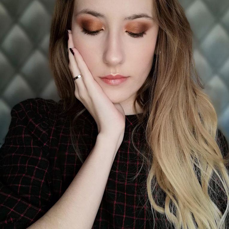 My Sister Choose my Makeup