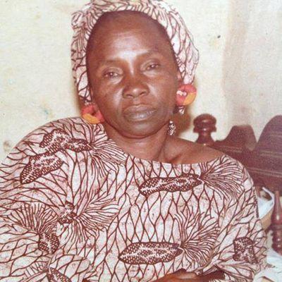 Adjaratou Djelé N'diaye et les quatre chefferies : itinéraire d'une icône politique et publique de Bakel (Sénégal).