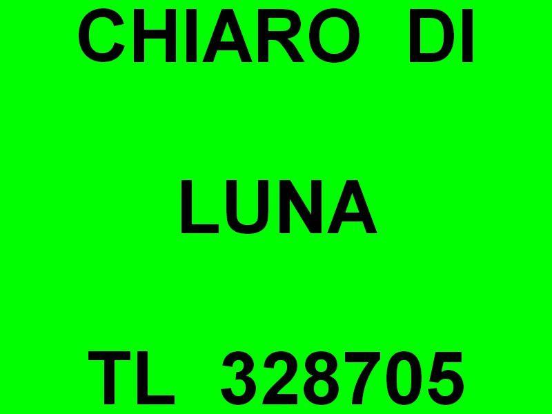 CHIARO DI LUNA  , ST 328705 , a qquai dans le port de Porquerolles le 05 septembre 2018