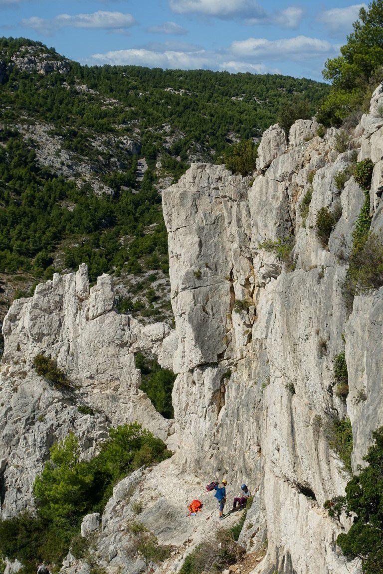 vue générale du site et deson rocher percé