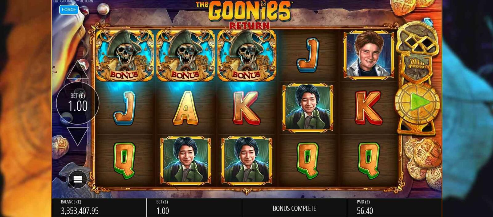 machine a sous mobile The Goonies Return tours gratuits