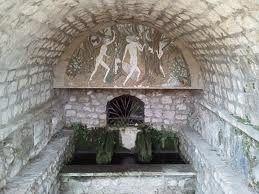 Lieu sacre en Drome - Le val des Nymphes