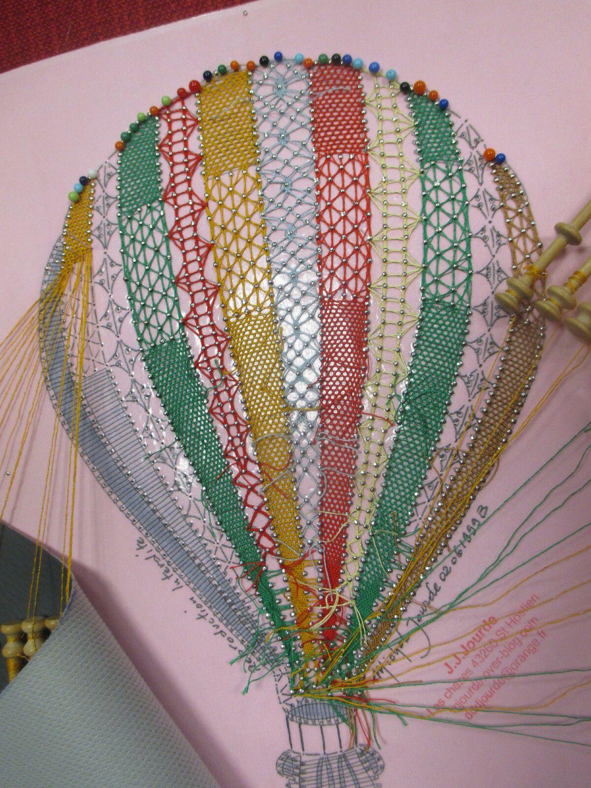 En montgolfière