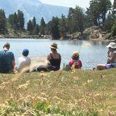 Le bivouac est strictement interdit au lac Achard près de Chamrousse en Isère