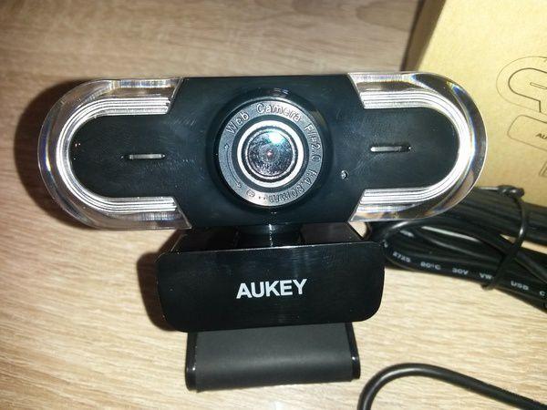 test et avis sur la webcam 2K HD Aukey
