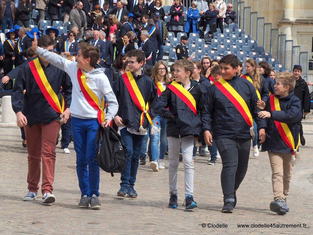 Fêtes de Jeanne d' Arc 2017 à Orléans : album photo du défilé commémoratif