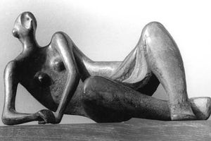 A touch of Henry Moore (19)
