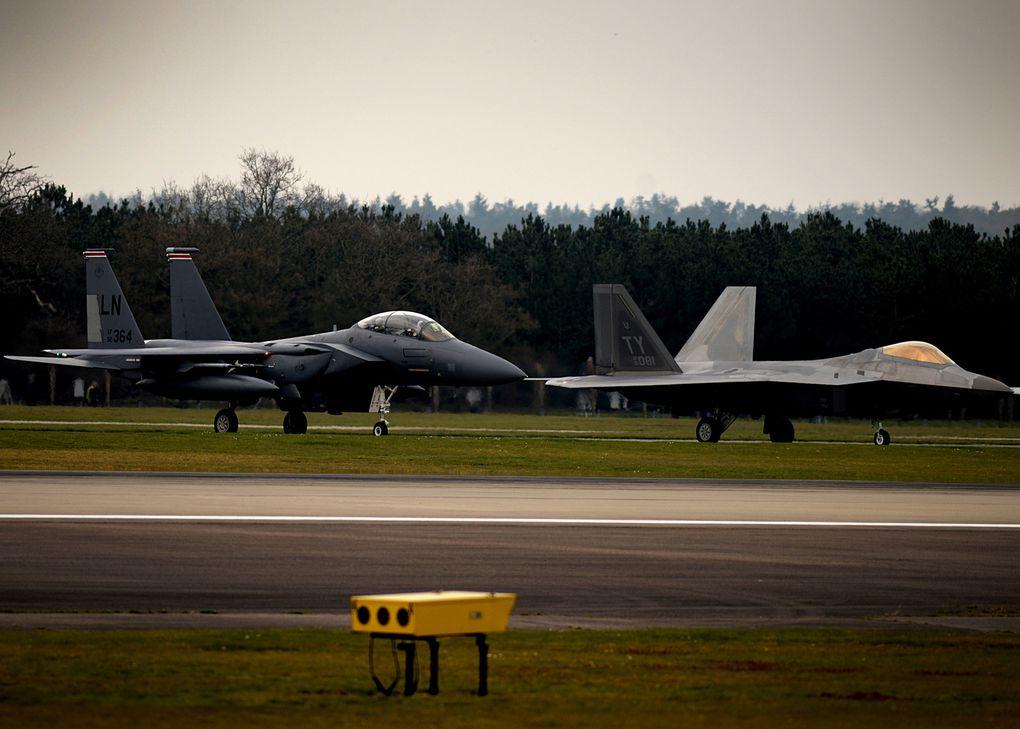 L'US Air Force redéploie des F-22 Raptor en Europe