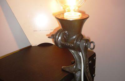 Lampe de Table Hachoir Husqvarna Sweden des Années 30's - 75 euros