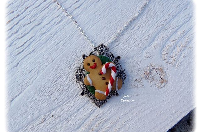 "Collier "" Gingerbread "" en pâte Fimo"