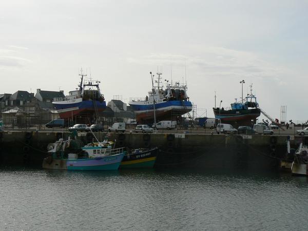 Balade en Finistère sud à l'occasion des 'Retrouvailles 2008' des anciens mousses et pupilles de la Marine à Loctudy.