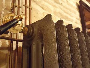 Prestation a Dijon radiateur rococo hauteur 81cm et 116cm 3 colonnes fabriqué en France époque 1900