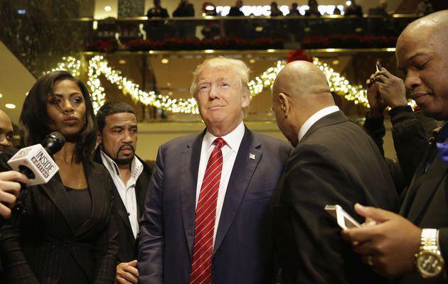 Pourquoi Donald Trump est devant Clinton la corrompue