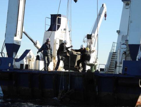 200 corps morts illégaux retirés de la Baie de Cannes (06)