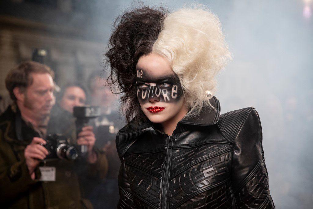 CRUELLA avec Emma Stone et Emma Thompson, au Cinéma en 2021