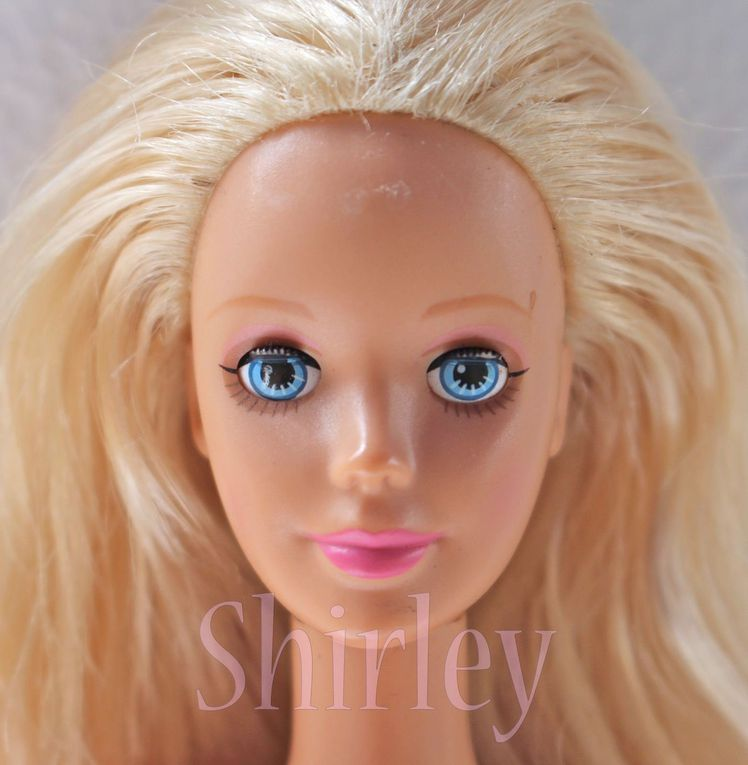 """SLEEPING BEAUTY"" BARBIE DOLL 1998 MATTEL #20489"