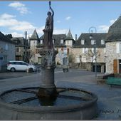 Monument,lavoir ,fontaine et croix au Calvinet - L'Auvergne Vue par Papou Poustache