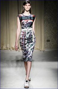 Moda e proposte estive: tribal, geometrie, fiori e tendenze 2014