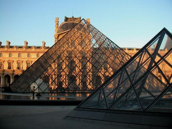 Tout ce qui est en rapport avec l'Egypte en France.