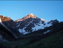 Pic de Montarrouye depuis les granges de Lurgues