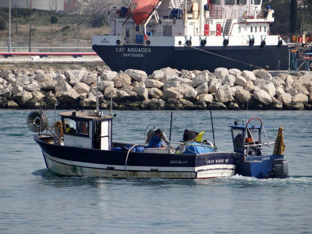 JEAN MARIE  MT598346 , à quai à Port de Bouc , en rade de Lavera et dans le golfe de Fos sur Mer le 19 mars 2015