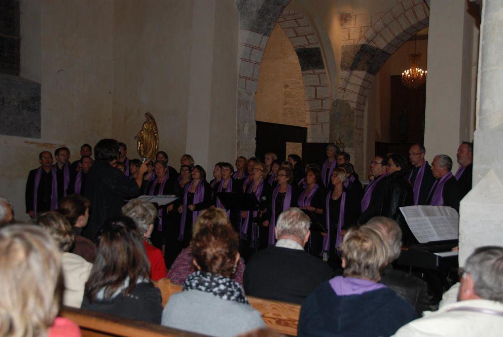 L'église Saint Aignan de Garennes / Eure a reçu le groupe Choeur Freedom qui nous a enchanté pendant toute la soirée