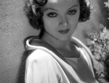Queen of Hollywood : Myrna Loy