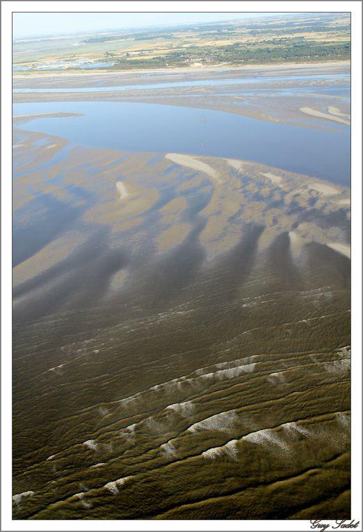 Survoler la baie de Somme , l'une des plus belles baies du monde , un soir d'été est un véritable enchantement. Dépaysement total assuré.