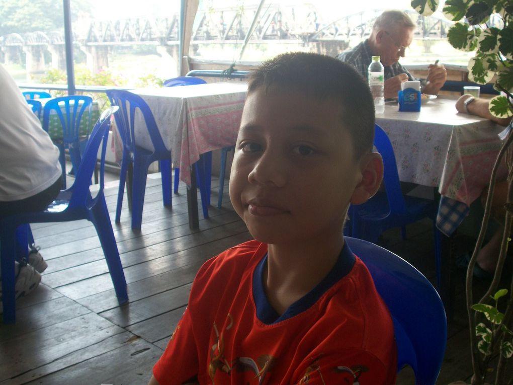 Thaïlande :Ayutthaya. Kanchanaburi. Photos de la famille