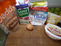 1 - Mettre le four à préchauffer th 6 (180°). Dans un récipient mélanger le beurre mou coupé en morceaux avec le sucre, Bien mélanger. Ajouter un oeuf entier.