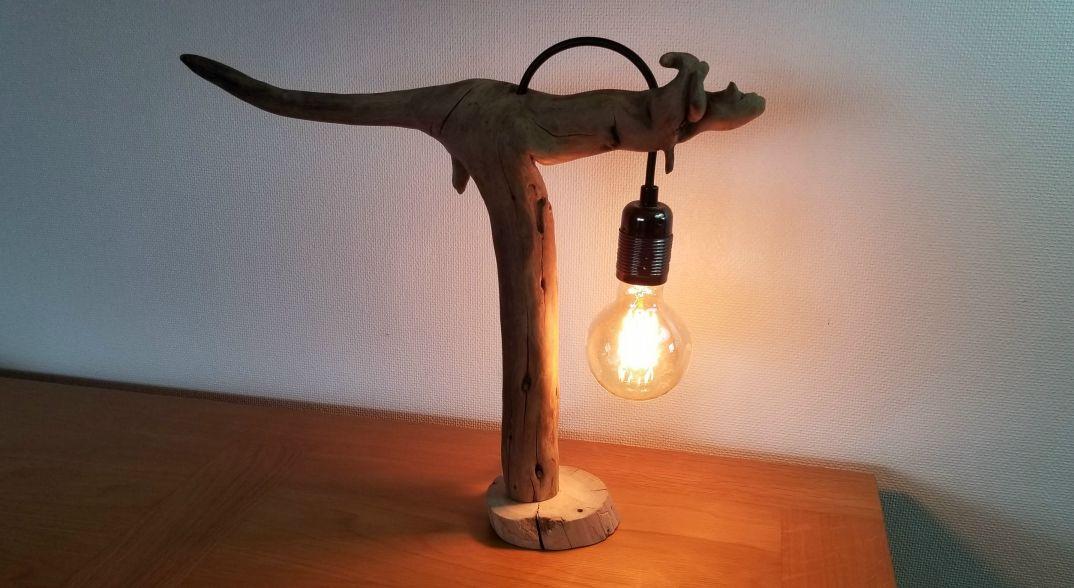 Lampe Kangourou en bois flotté