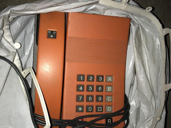 Donation de vieux matériels Telecom