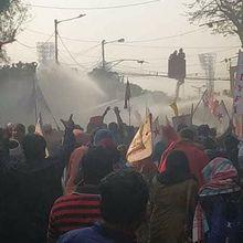 Inde : le mouvement étudiant rejoint les paysans