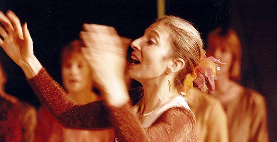 La chef de chœur Fanny Moullet revient avec les choristes d'Amaryllis pour une oeuvre grandiose ADIEMUS !