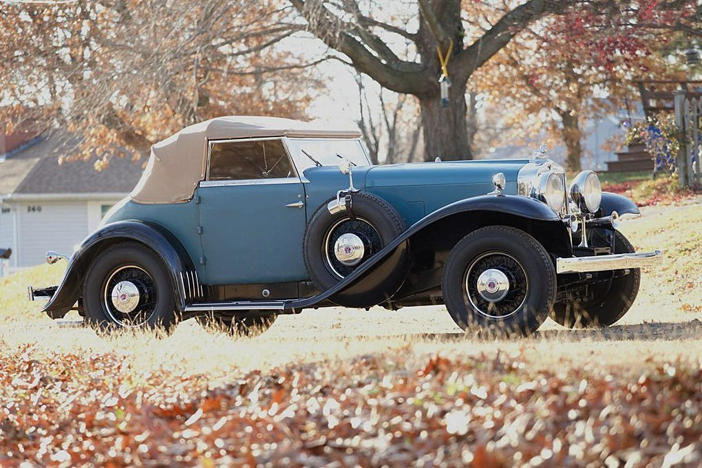 "VOITURES DE LEGENDE (502) : STUTZ  DV-32  ""SUPER BEARCAT"" - 1932"