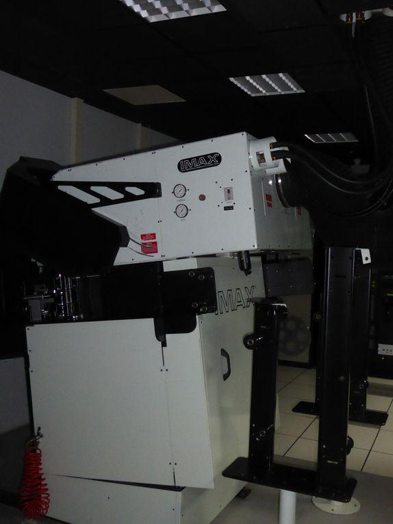 Le projecteur Imax qui permet de projeter sur un écran d'une hauteur équivalent à un immeuble de 7 étages.