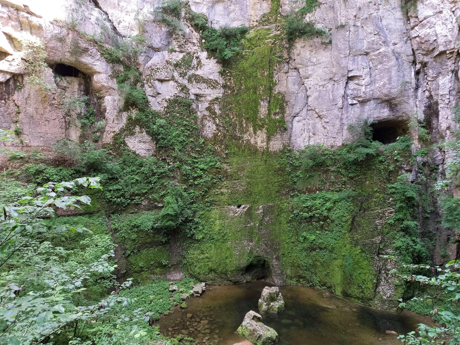 LA Source du Lison (Nans-Sous-Saint_Anne, Doubs 25)