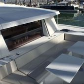 Video - Discovery of the front cockpit and the fly-bridge of a Bali 4.0 catamaran - Yachting Art Magazine